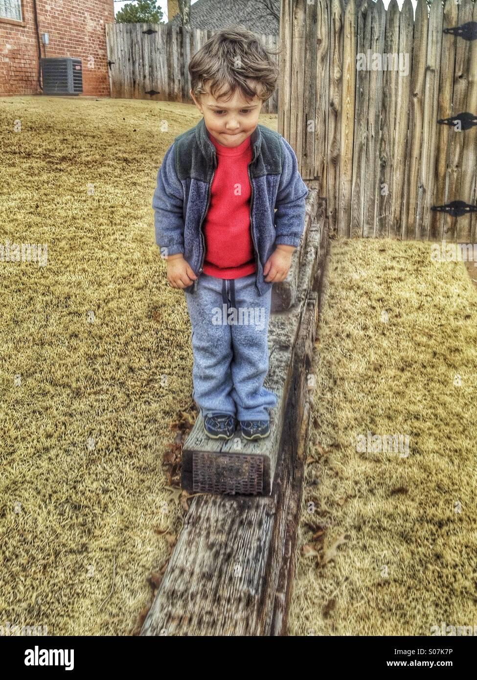 Little Boy grande passo HDR Immagini Stock