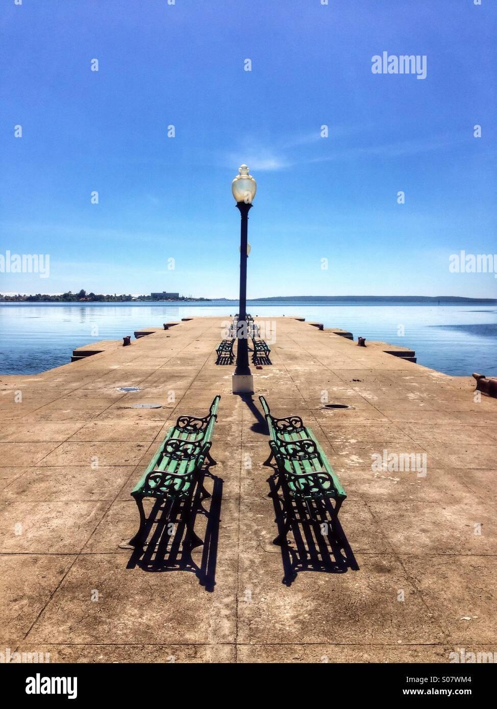 Il Quayside nel porto di Cienfuegos Cuba. Immagini Stock