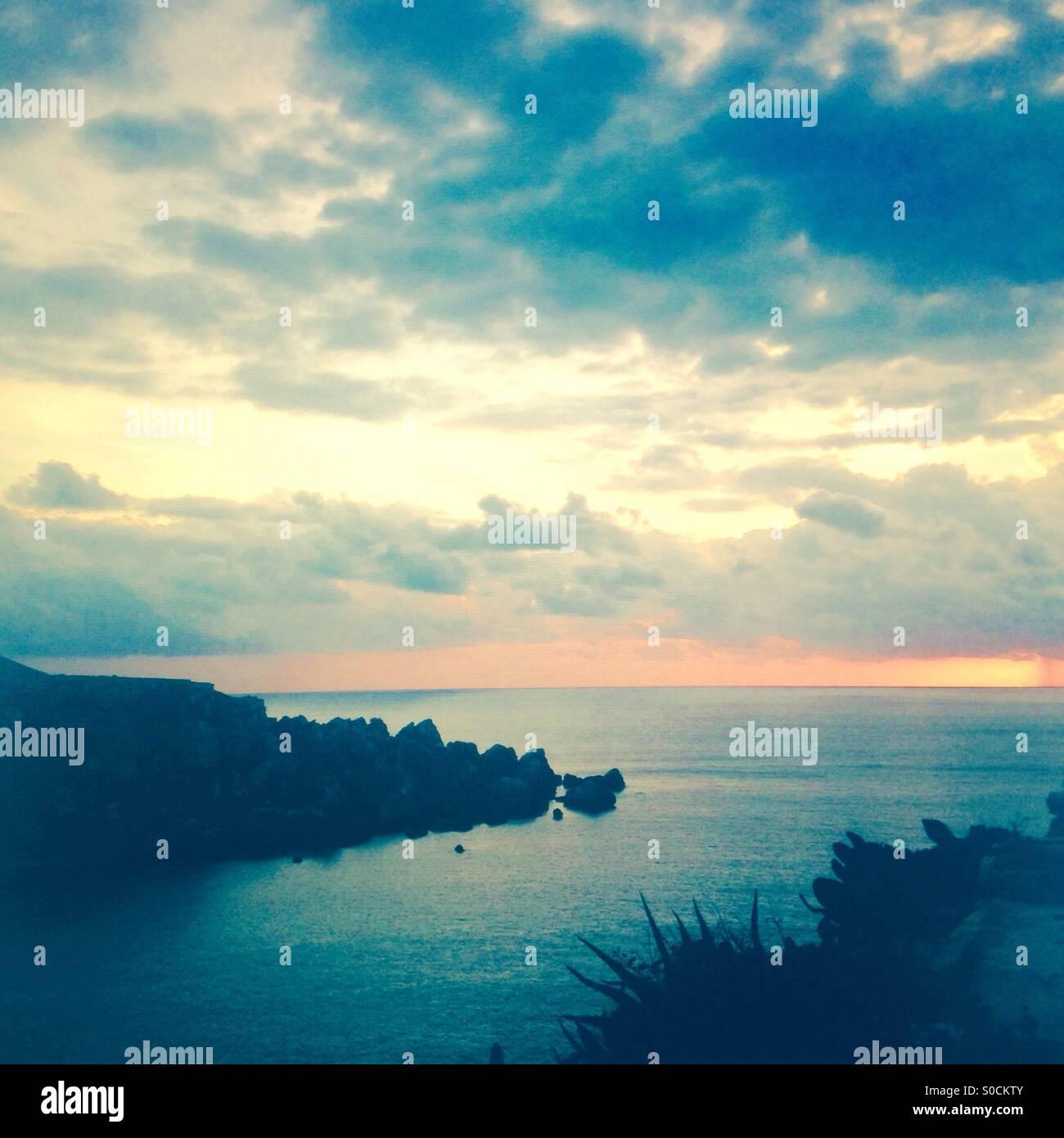Malta tramonto sul mare Immagini Stock