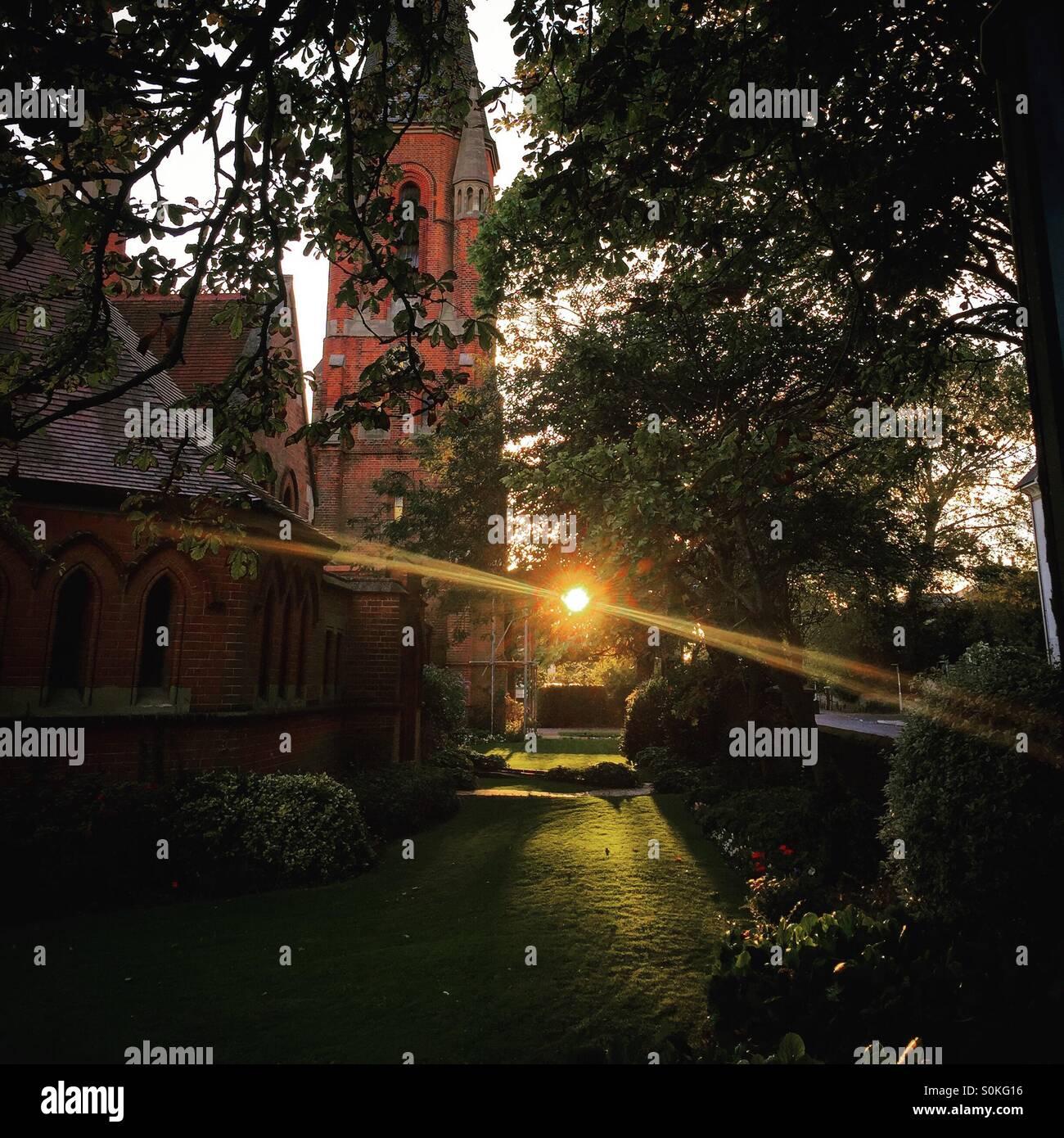 Luce divina- sun impostato in un cantiere della chiesa Immagini Stock