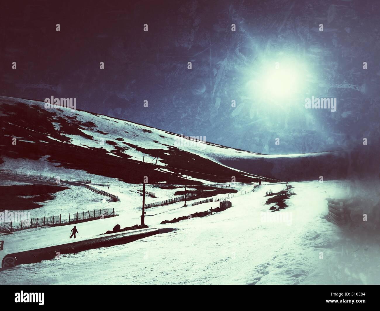 Cairngorm ski resort, ultima corsa del giorno Immagini Stock
