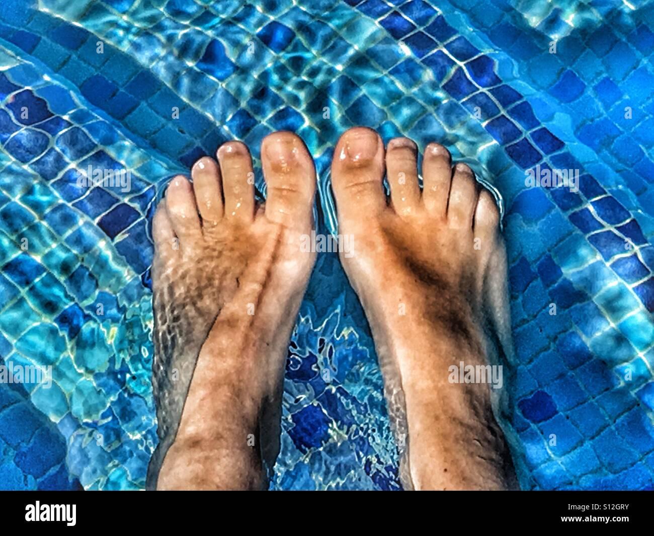 ImmaginiFotos Stock Summer en Feet Pov Fun GpqzSUMV