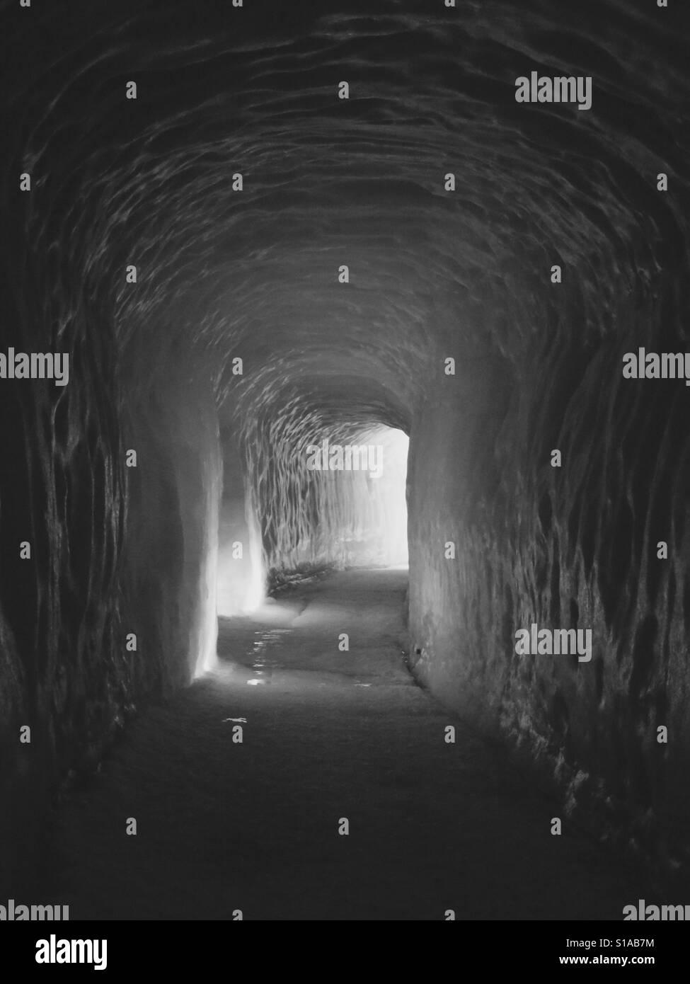 Tunnel di ghiaccio Foto Stock