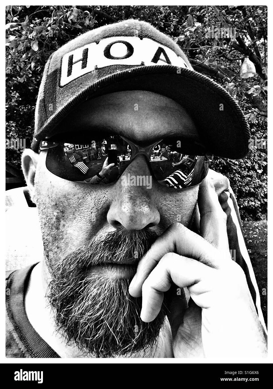 Selfie in occhiali da sole. Immagini Stock