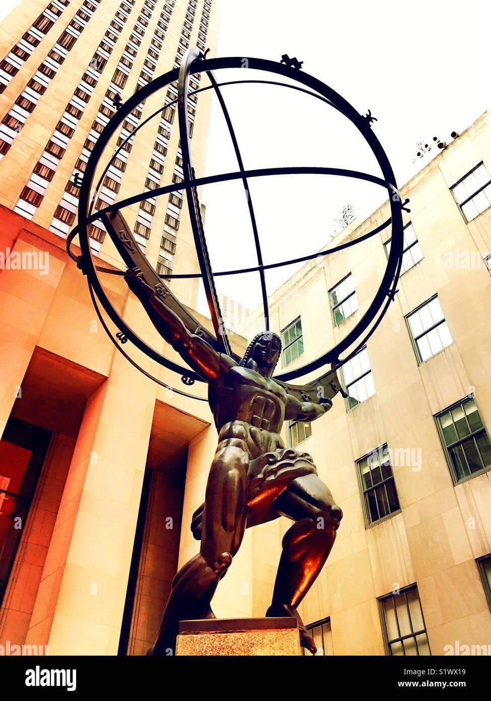 Atlas regge il mondo statua, Rockefeller Center,NYC Immagini Stock