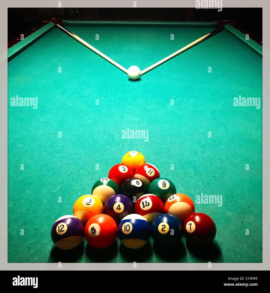 Tavolo da biliardo impostato per la riproduzione Immagini Stock