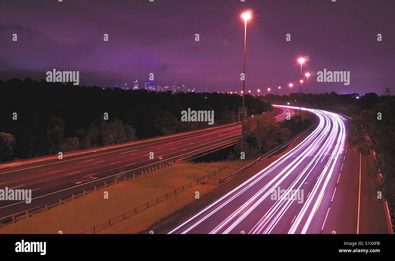 Melbourne freeway a notte Immagini Stock