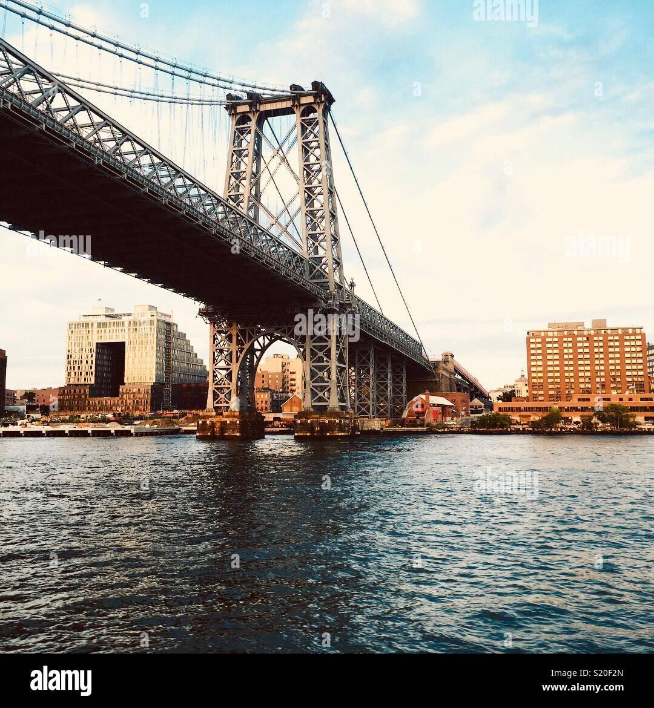 Ponte sul Fiume est, New York Immagini Stock