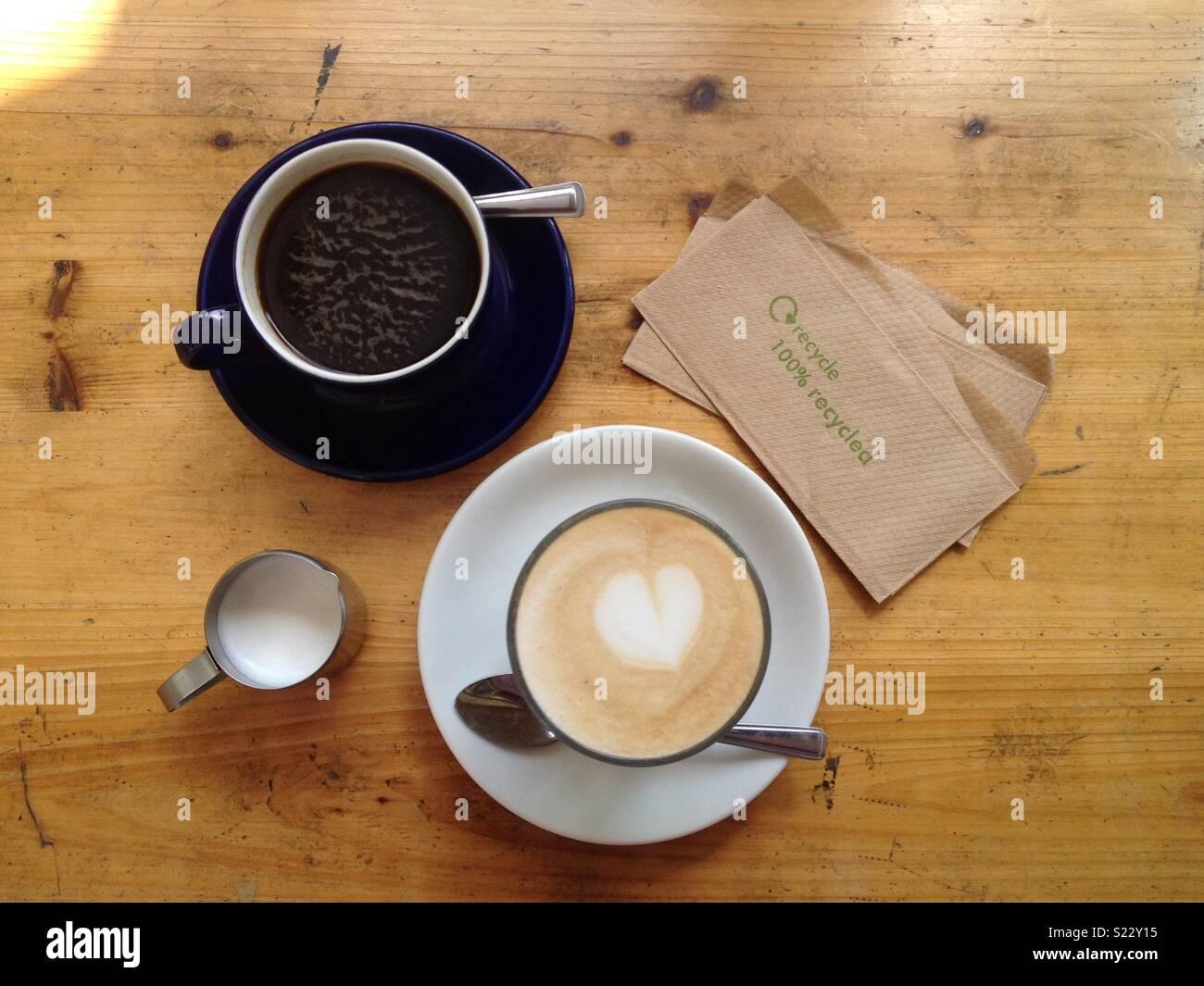Pausa caffè presso fattoria piccola Cafe a Londra Immagini Stock