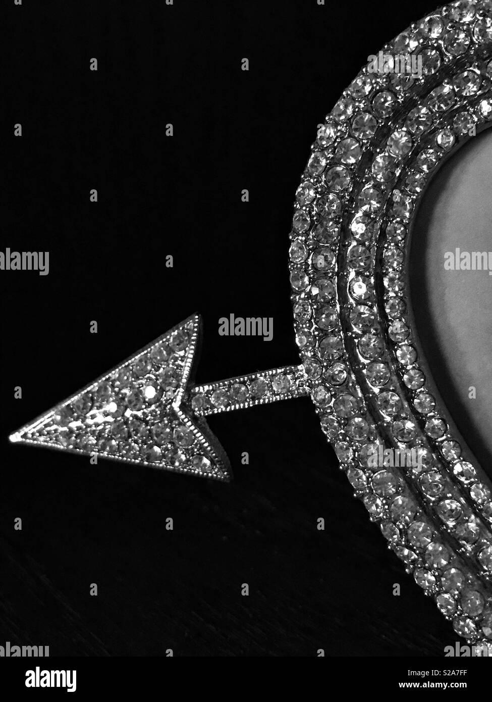 Bianco e nero freccia scintillanti Immagini Stock