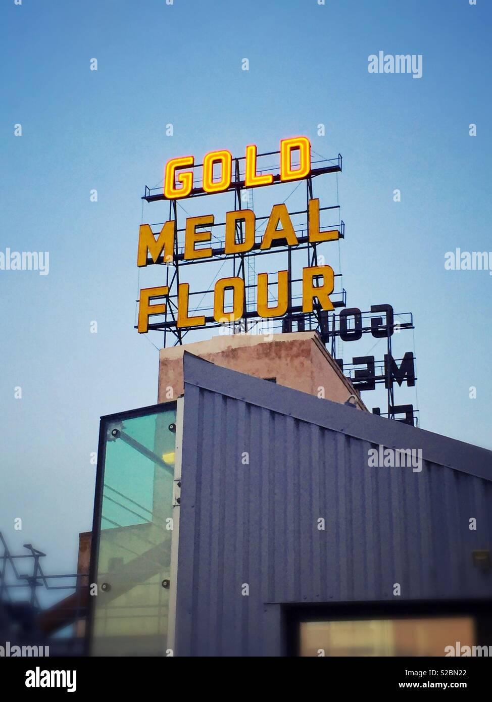 Medaglia d'oro di farina Immagini Stock