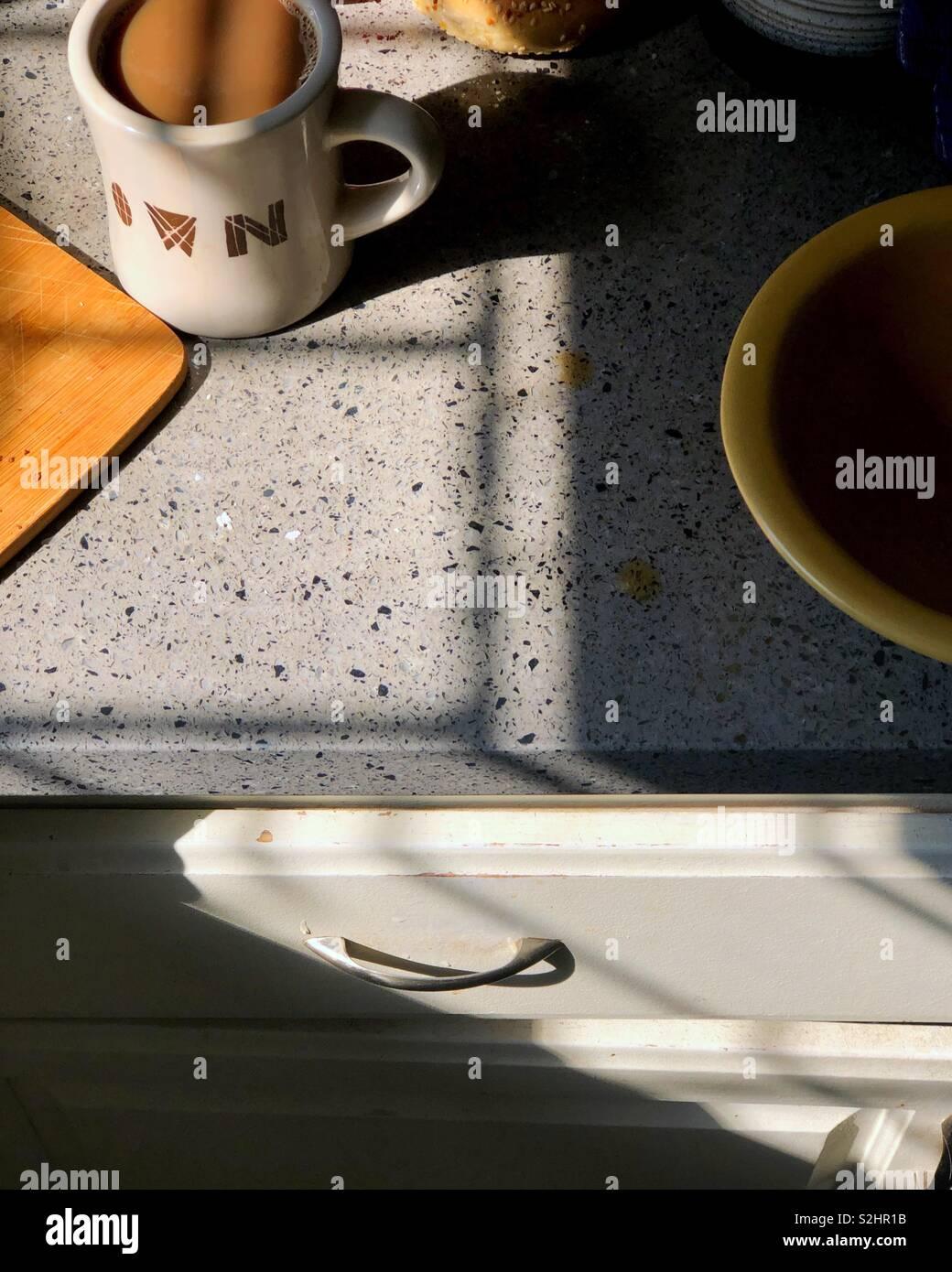 Caffè del mattino in forte di Los Angeles. La luce del mattino. Immagini Stock