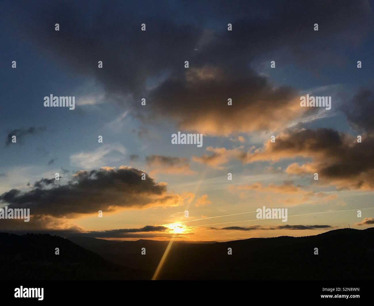 Sunrise in Grazalema, Sierra de Grazalema, Cadice provincia, Andalusia, Spagna Foto Stock