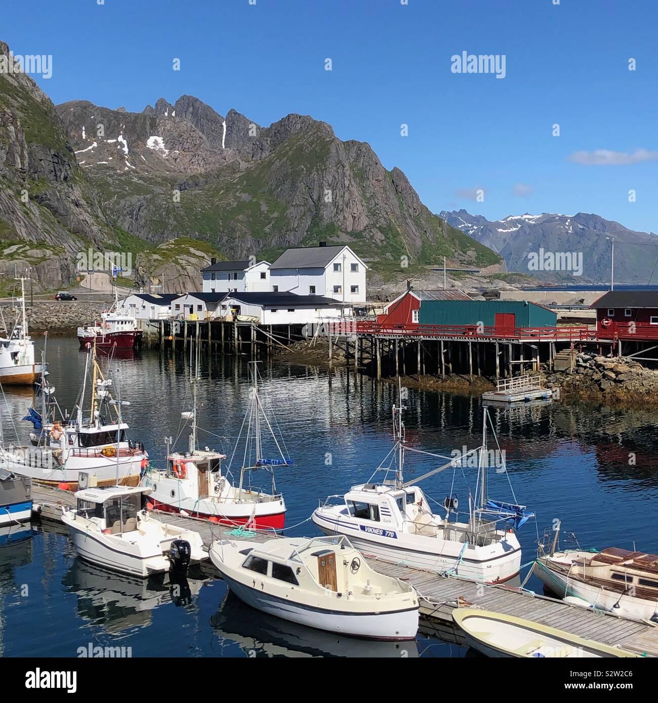 Hamnoy villaggio di pescatori, Isole Lofoten in Norvegia Foto Stock