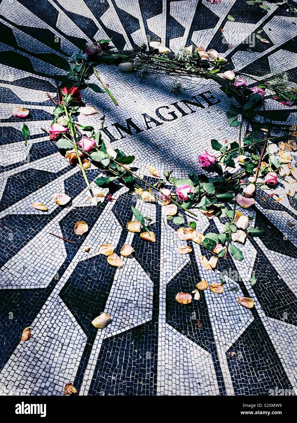 Strawberry Fields mosaico, Central Park, New York, Stati Uniti d'America Foto Stock