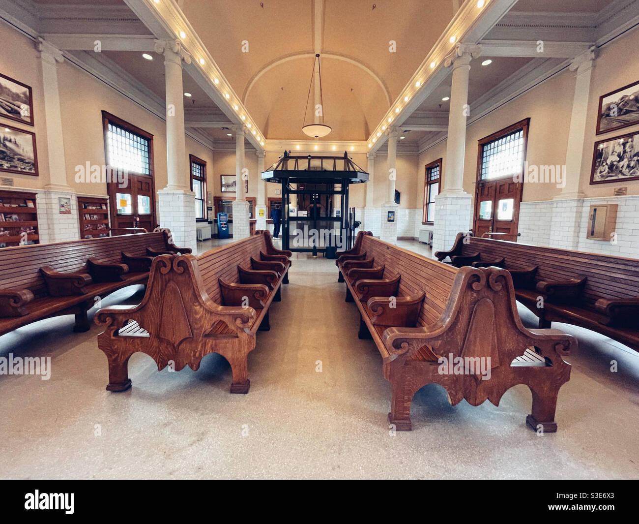 L'interno di una vecchia stazione ferroviaria a Centralia, stato di Washington, è stato restaurato con cura Foto Stock