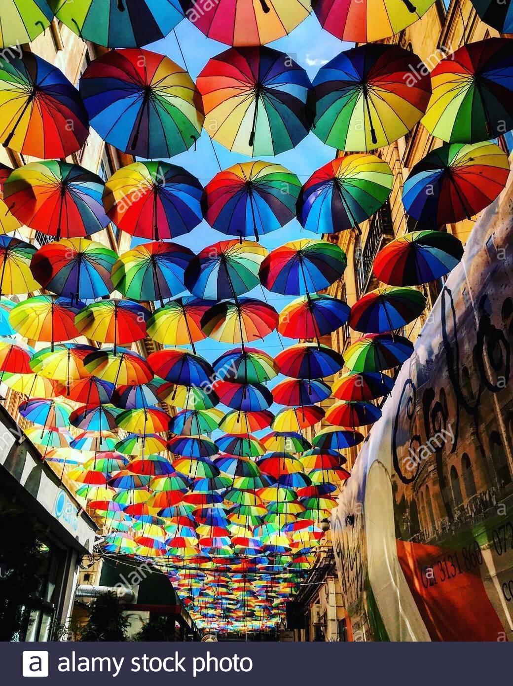 Cerca l'arcobaleno Foto Stock