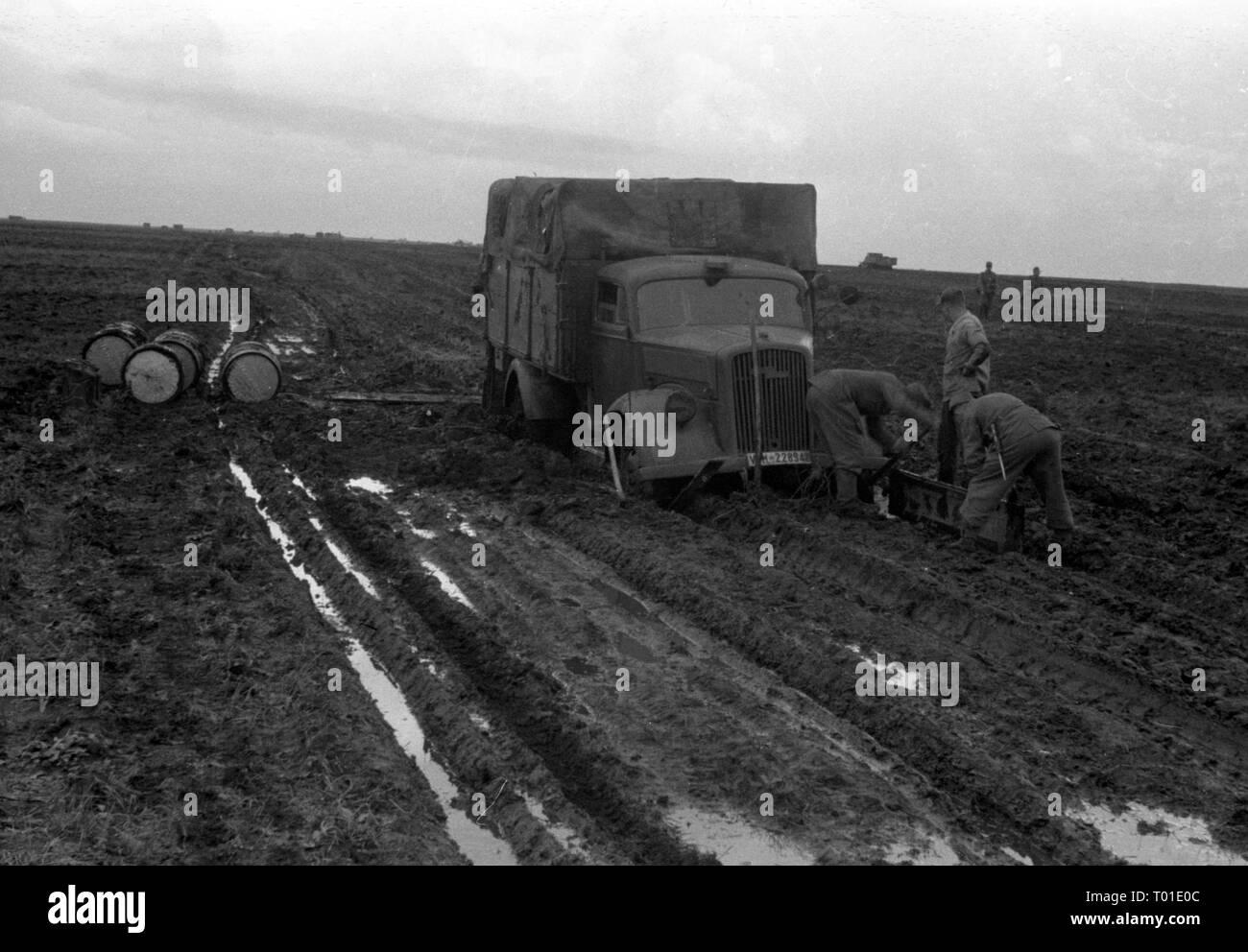 Wehrmacht Heer Ostfront Opel Blitz - Esercito Tedesco al Fronte Orientale Immagini Stock