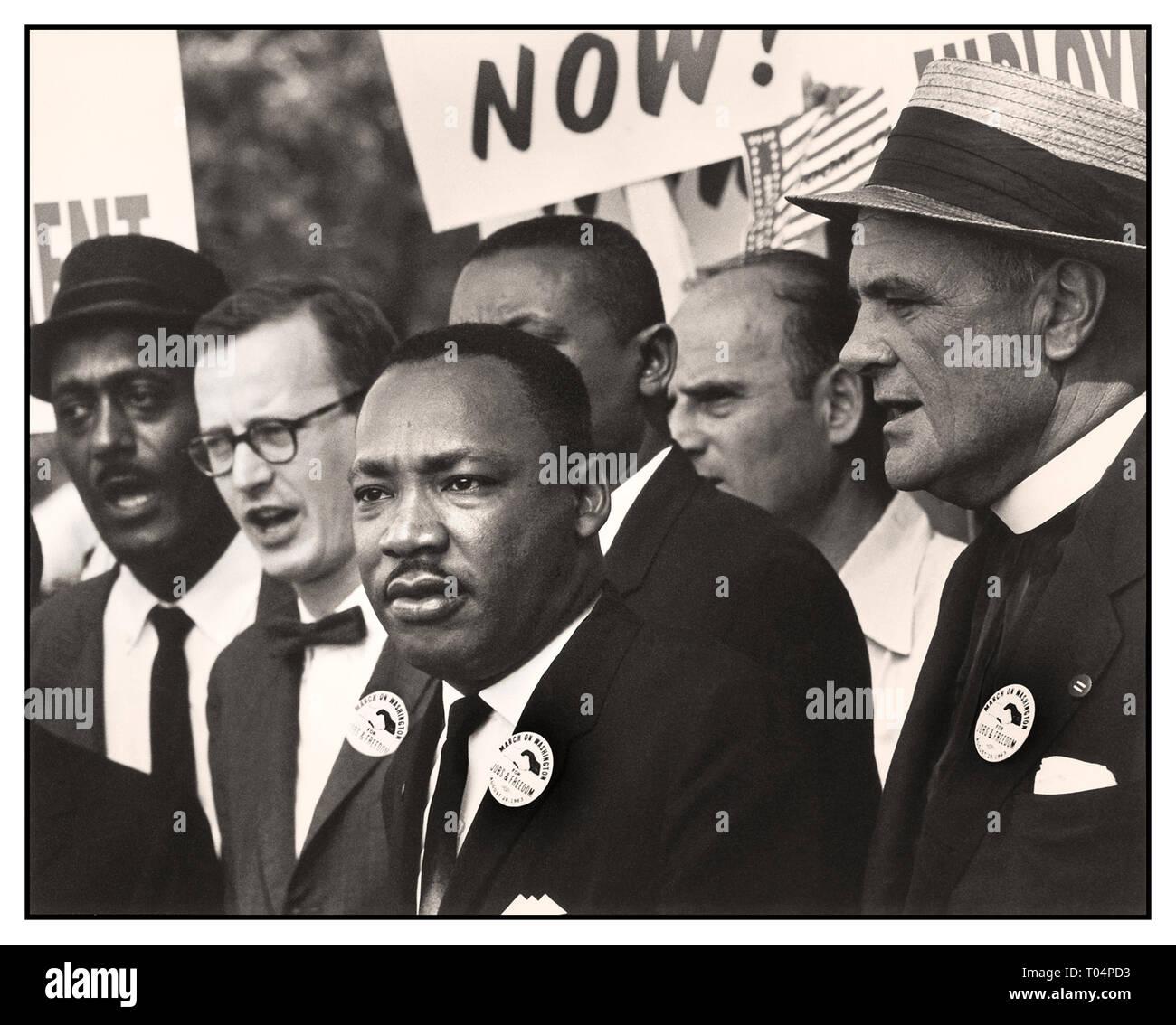 """DR Martin Luther King dei diritti civili' marzo su Washington, D.C.' per i posti di lavoro e la libertà"""". Il dott. Martin Luther King Jr e Mathew Ahmann con diritti civili manifestanti Washington DC USA 28 agosto 1963 data 28 agosto 1963 Foto Stock"""