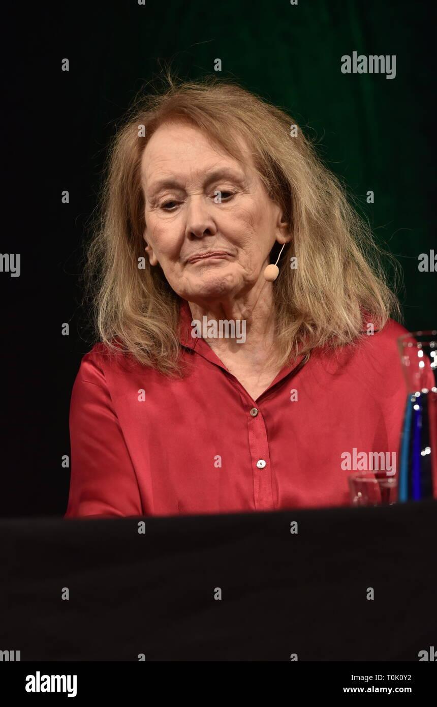 Il 20 marzo 2019, della Renania settentrionale-Vestfalia, Köln: lo scrittore francese Annie Ernaux leggerà all'Accesa Colonia, la letteratura internazionale festival, su 20.03.2019 a Colonia. Foto: Horst Galuschka foto: Horst Galuschka/dpa Foto Stock