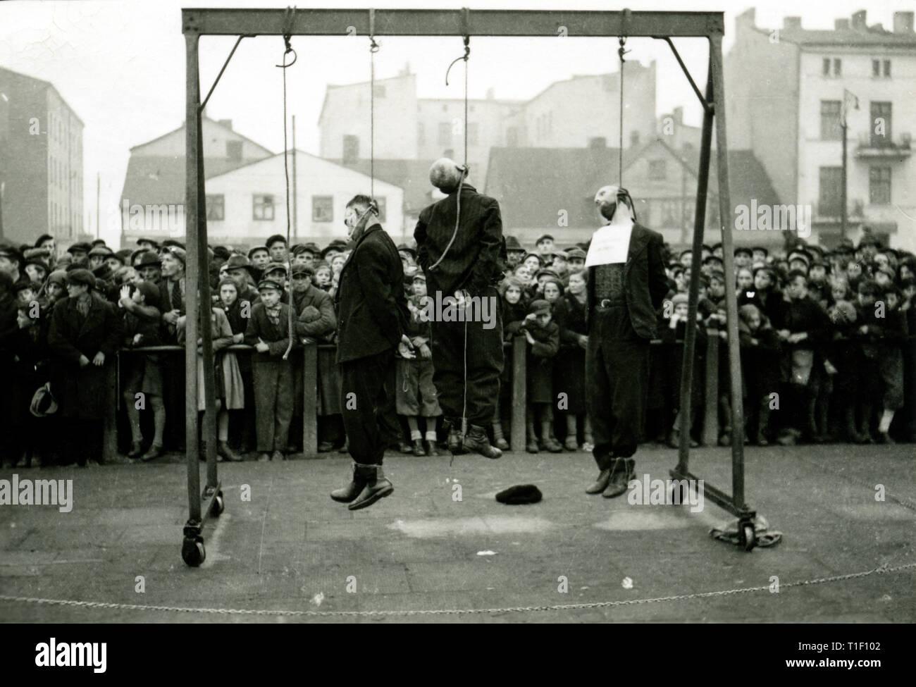 La Polonia, a Lodz, WW II, esecuzione (omicidio) degli Ebrei al 11.11.1939, testo originale: impiccati Ebrei, Additional-Rights-Clearance-Info-Not-Available Immagini Stock