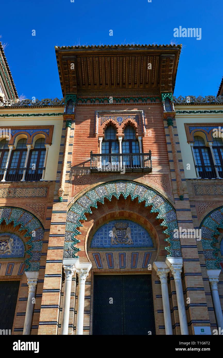 L Arabesco architettura del Museo delle Arti e Tradizioni in America square, Siviglia Spagna Immagini Stock
