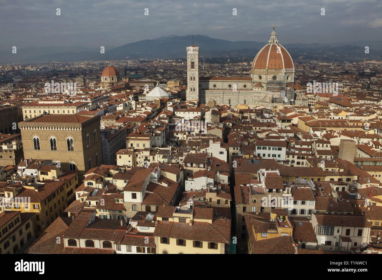 Cattedrale Di Firenze Duomo Di Firenze E Il Campanile Di