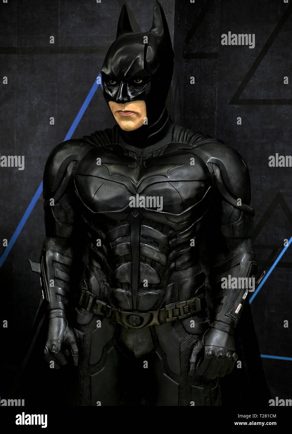 Da Uomo Il Cavaliere Oscuro Sorge Muscle Batman supereroi film /& Tv Costume