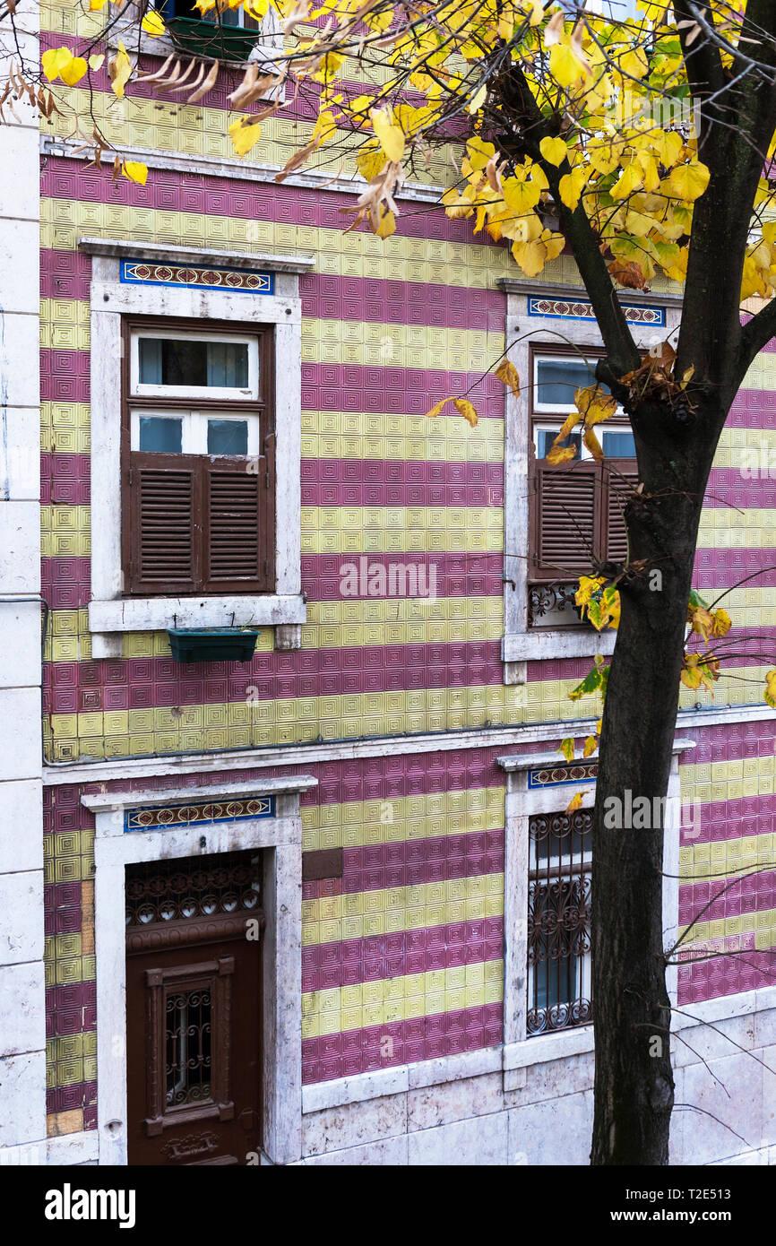 La facciata di piastrelle, Pensão Elegante, Travessa do Fala-só, São José, Lisbona, Portogallo Immagini Stock