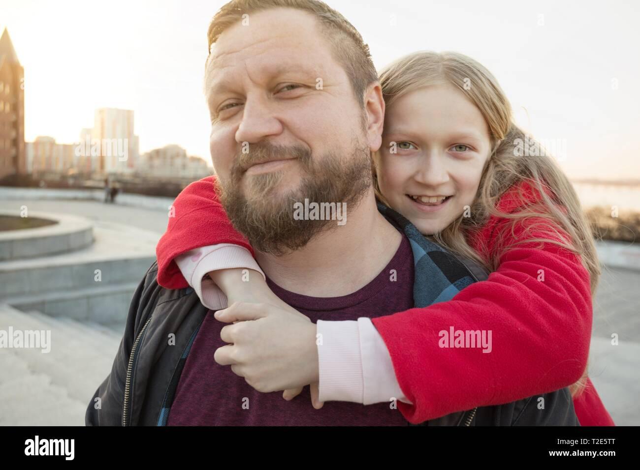 Papà contro figlie dating modello