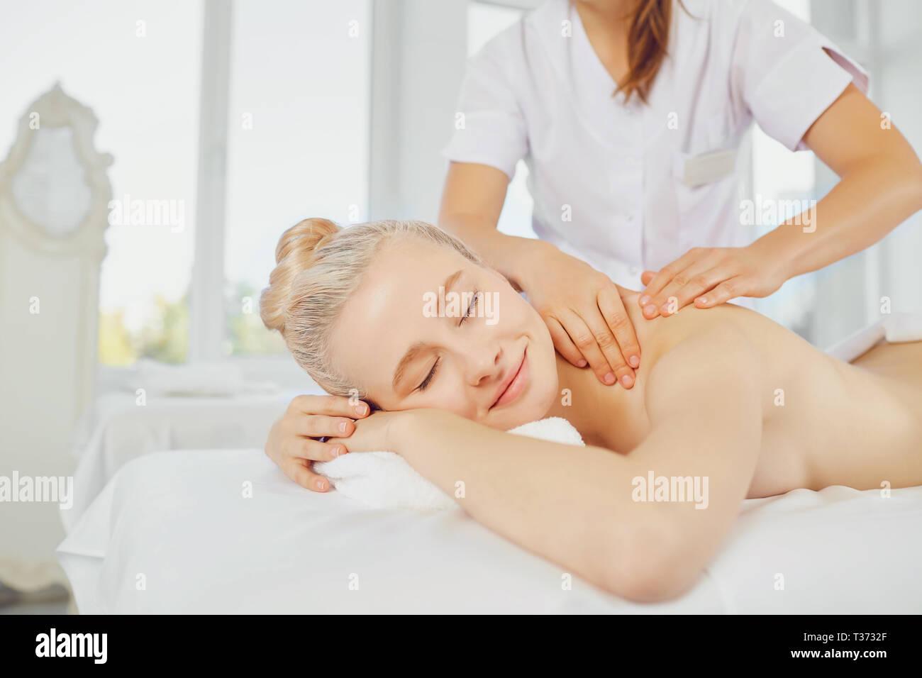 Korean massaggio salotto sesso