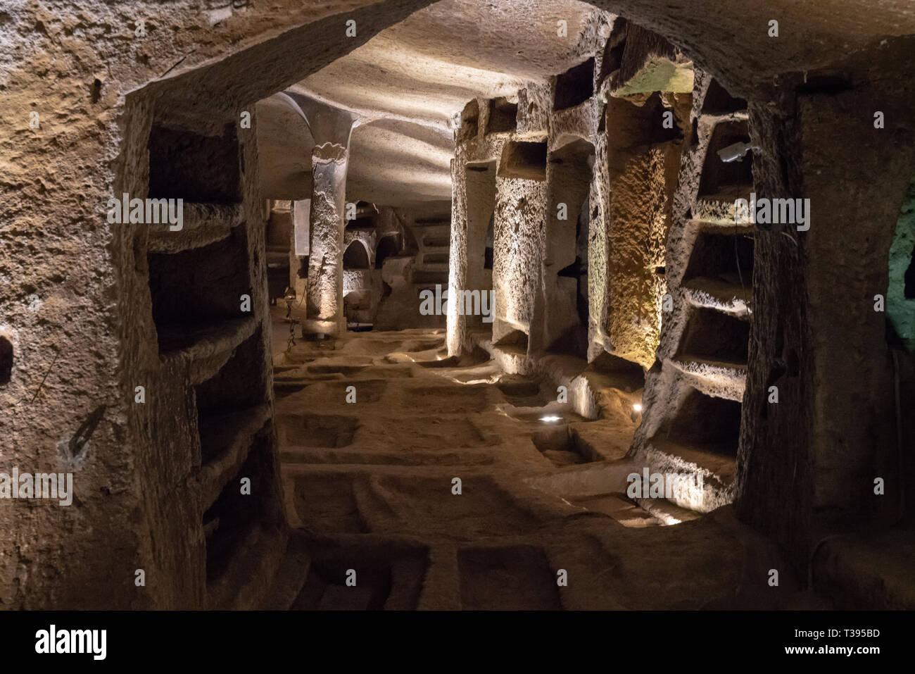 Catacombe di San Gennaro, rione Sanità, visita guidata Foto Stock