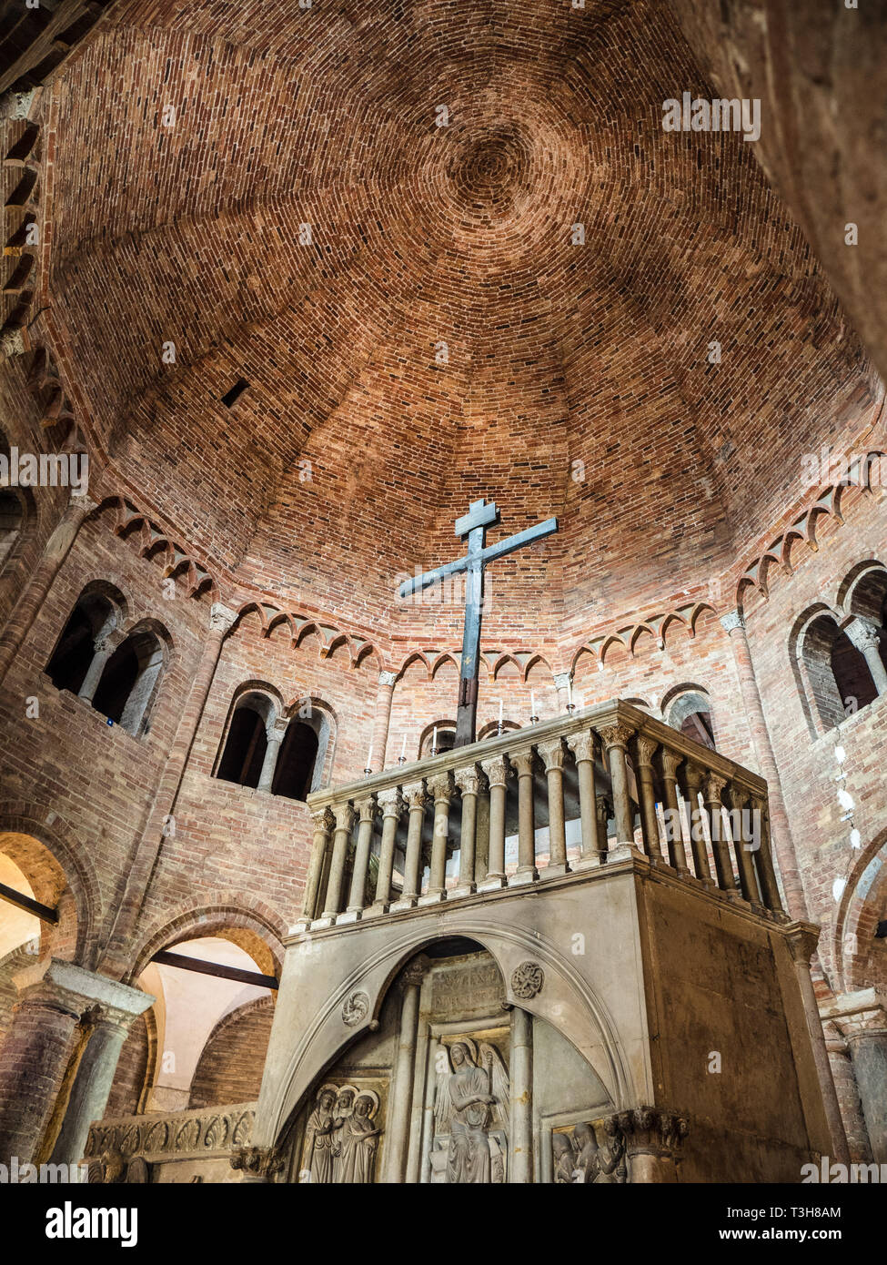 Basilica di Santo Stefano, Basilica di Santo Stefano, dalla Basilica di Santo Stefano, - un complesso di sette chiese nel centro di Bologna, risalente al 5° C Immagini Stock