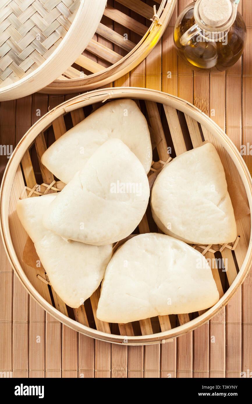 Gua bao, focacce cotte al vapore in bambù vaporizzatore ...