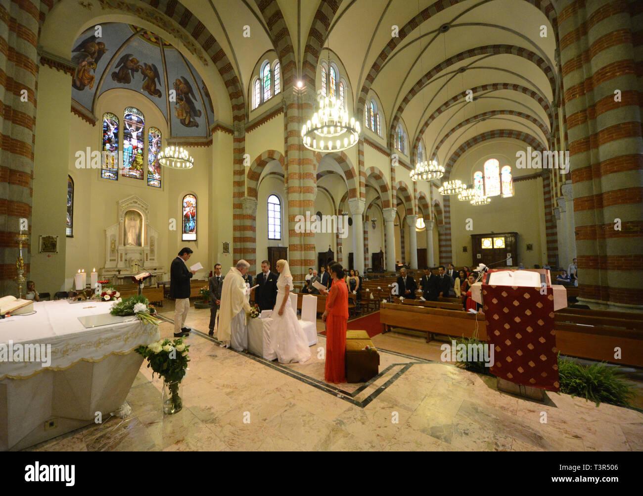Matrimonio Simbolico In Chiesa : Matrimoni a venezia organizzare un matrimonio alla scuola san