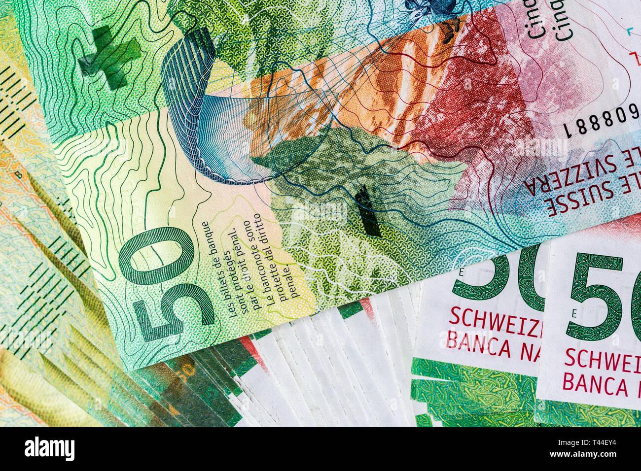 ee2791b389 Banconote di 50 franchi svizzeri presi in macro e in dettaglio. Immagini  Stock