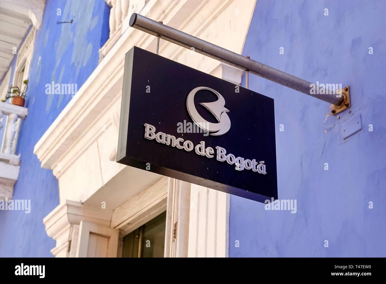 Colombia Cartagena antica città murata centro Centro Banco de Bogotà esterno il logo di segno Immagini Stock