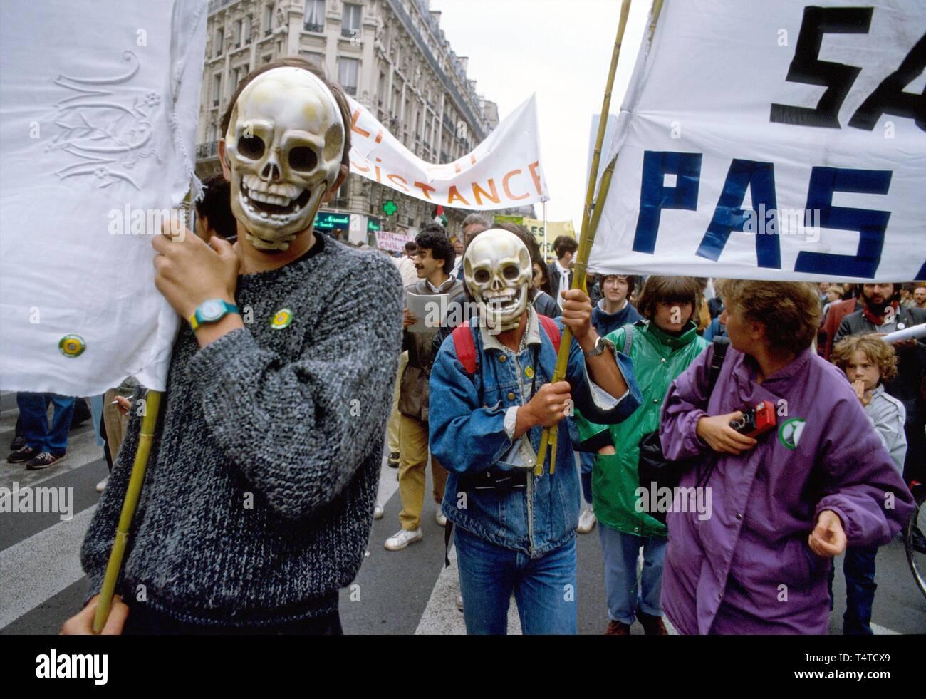 Antinuclear manifestazione a Parigi, in Francia, giugno 1987 Immagini Stock