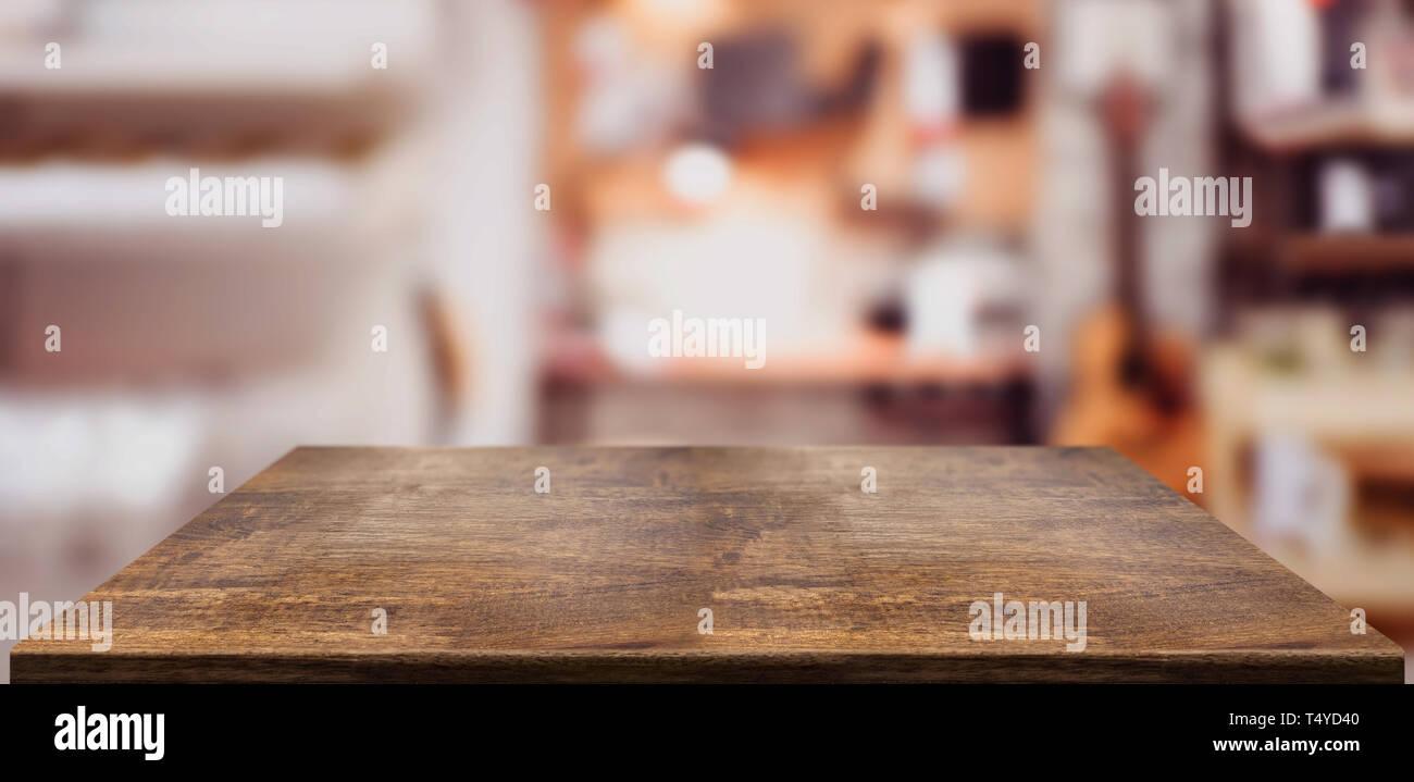 Legno In Prospettiva La Tabella Contatore In Home Office Vuoto Da Tavolo In Legno Con Musica Sfocata Workplace Sfondo Mock Up Modello Per Visualizzare O Montaggio Di Foto Stock Alamy