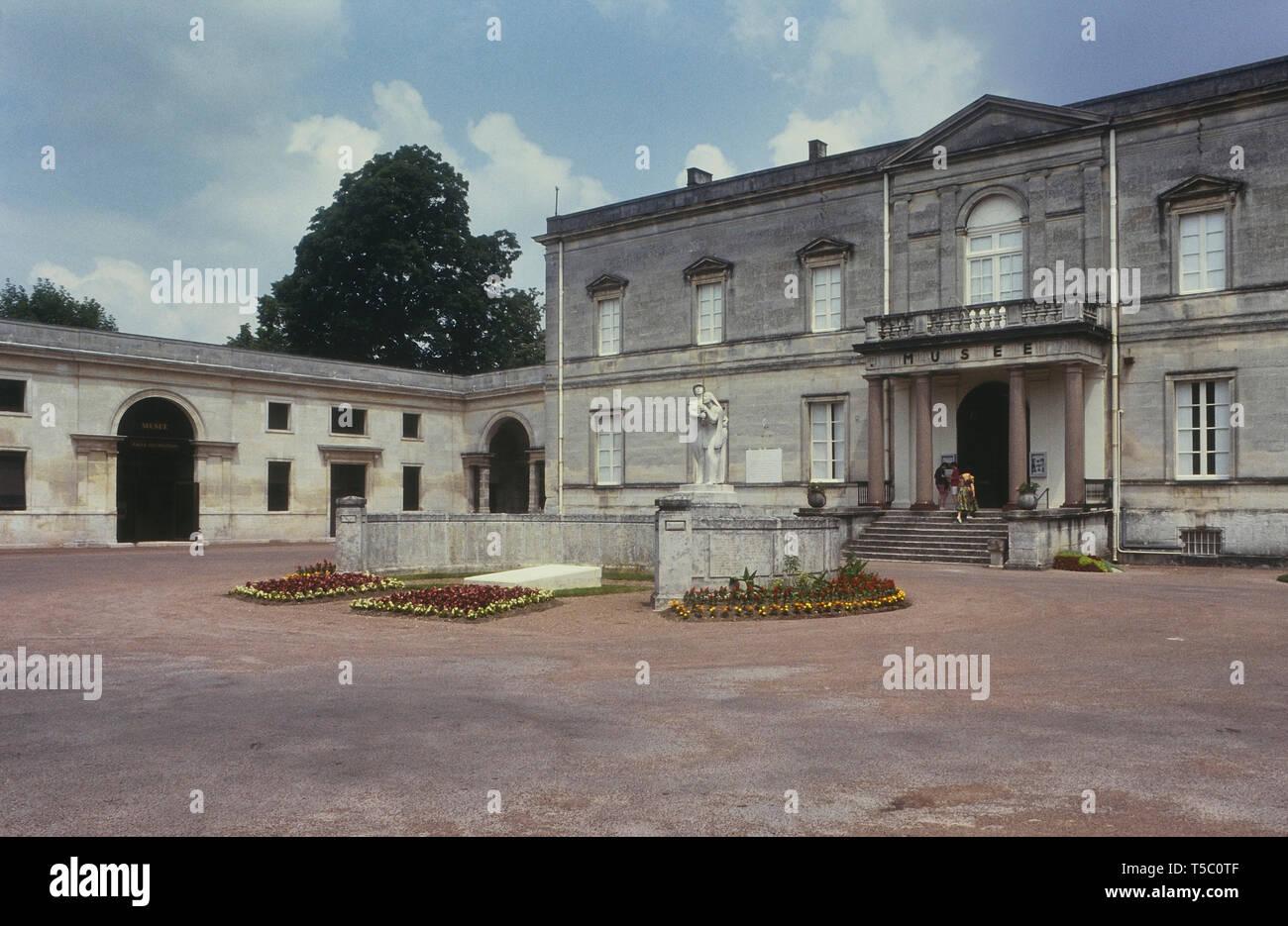Museo di arte e storia e il War Memorial, Cognac, Charente, Francia Immagini Stock