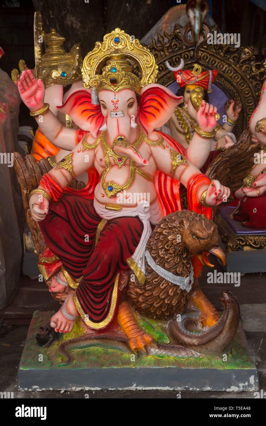 Dolls House Jeweled asiatico Ganesh Visualizzazione ornamentali