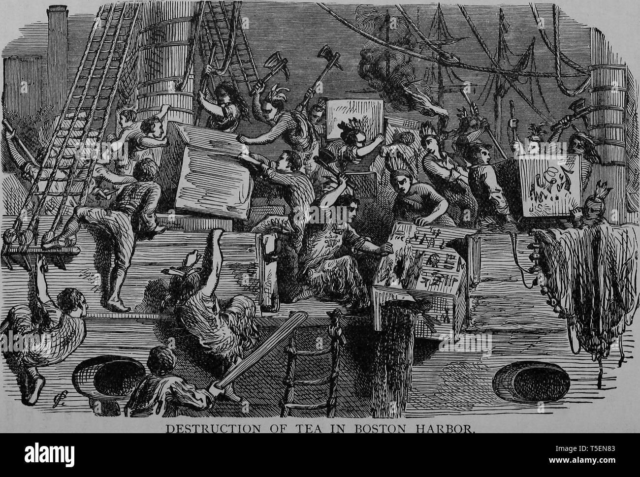 """Incisione di distruzione di un set per la preparazione di tè nel porto di Boston, dal libro """"La storia politica degli Stati Uniti """" da James Penny Boyd, 1888. La cortesia Internet Archive. () Foto Stock"""