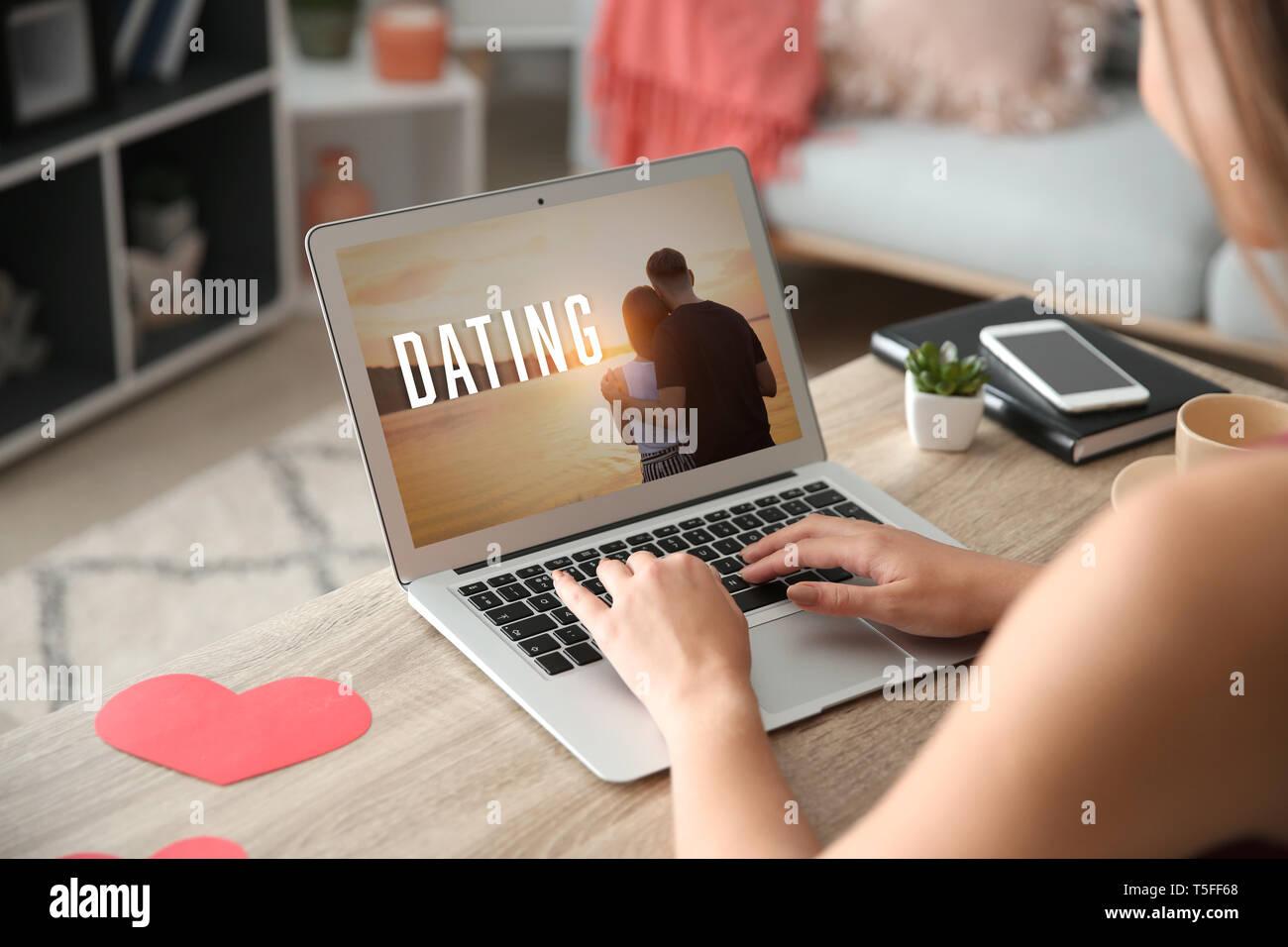 tarda notte dating online come rispondere alle domande di incontri online