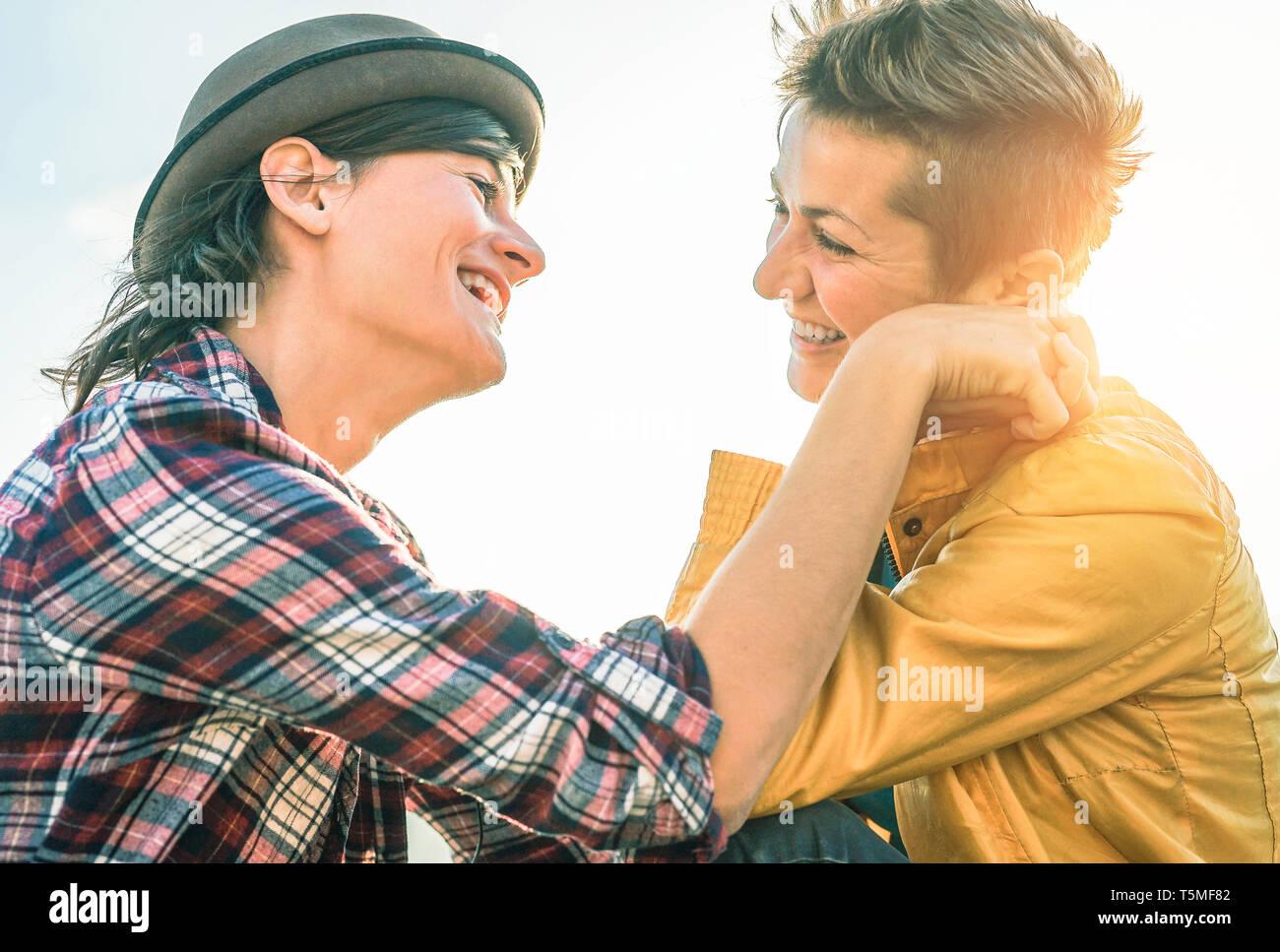 gratis lesbiche incontri siti Toronto