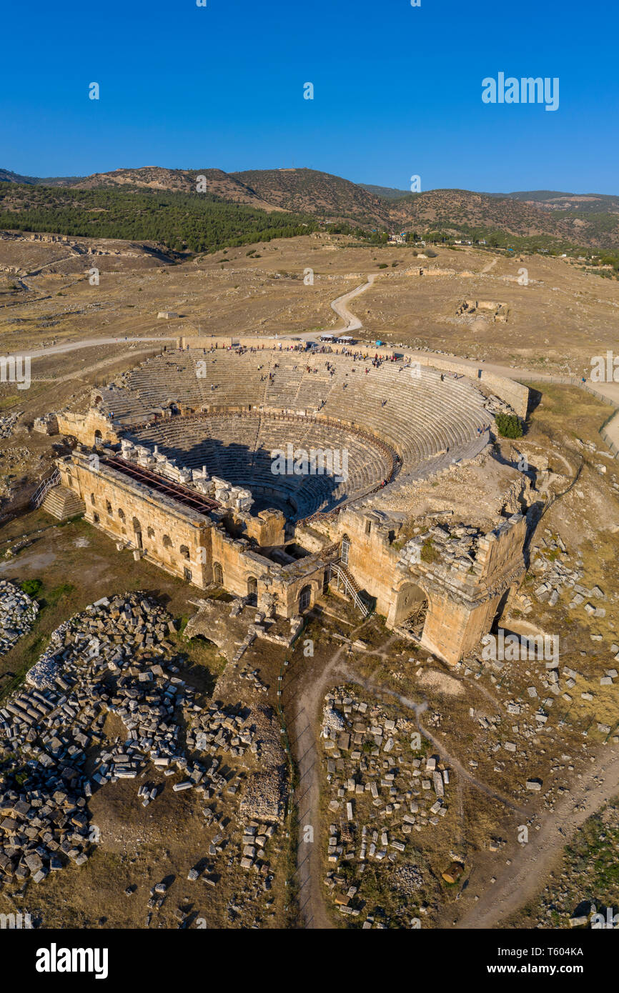 Turchia, Denizli Provincia, Pamukkale, Hierapolis Pamukkale Sito Archeologico (Sito UNESCO), Ierapoli Theatre Foto Stock