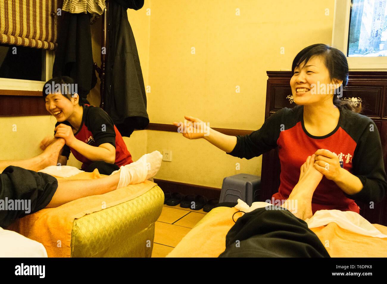 sesso saloni di massaggio a Singapore elenco di mature porno attrici
