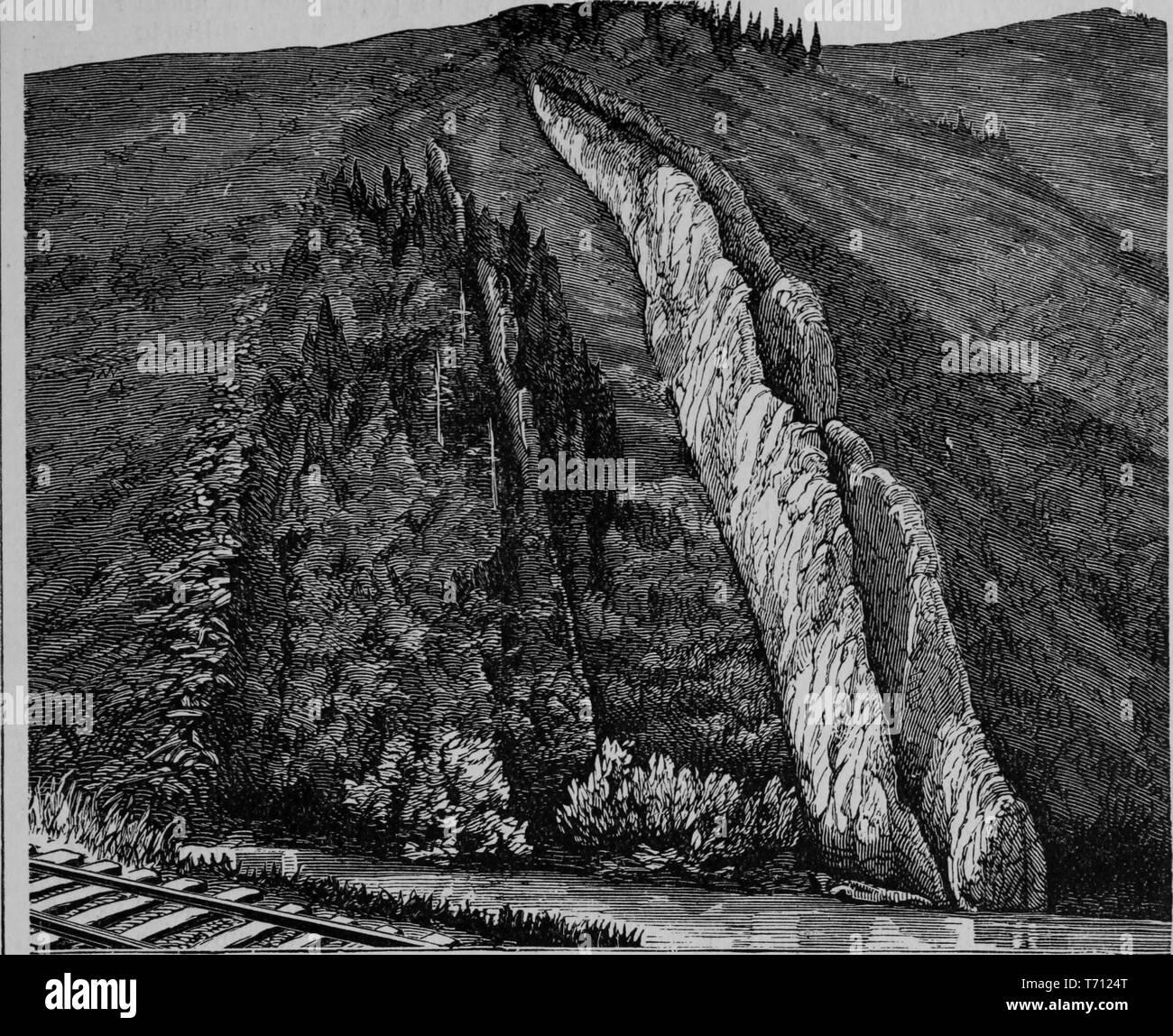 """Incisione del diavolo la diapositiva, insolita formazione geologica, dal libro """"Crofutt è di nuovo overland e turistiche della costa del Pacifico' guida, Weber Canyon dello Utah, 1879. La cortesia Internet Archive. () Immagini Stock"""