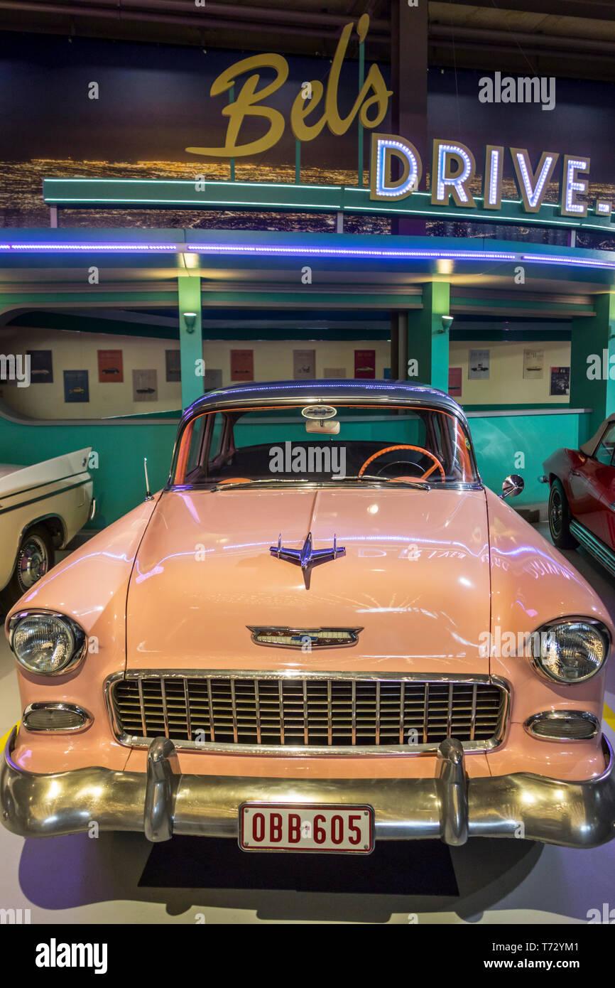 29fbd7db5 1955 Chevrolet Bel Air, American classic automobile / oldtimer / veicolo di  antiquariato a Autoworld