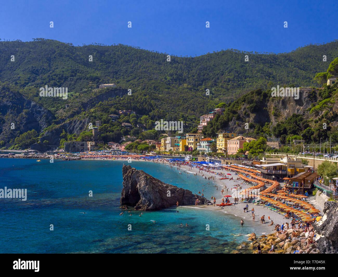 Spiaggia di Monterosso al Mare, Italia Foto Stock
