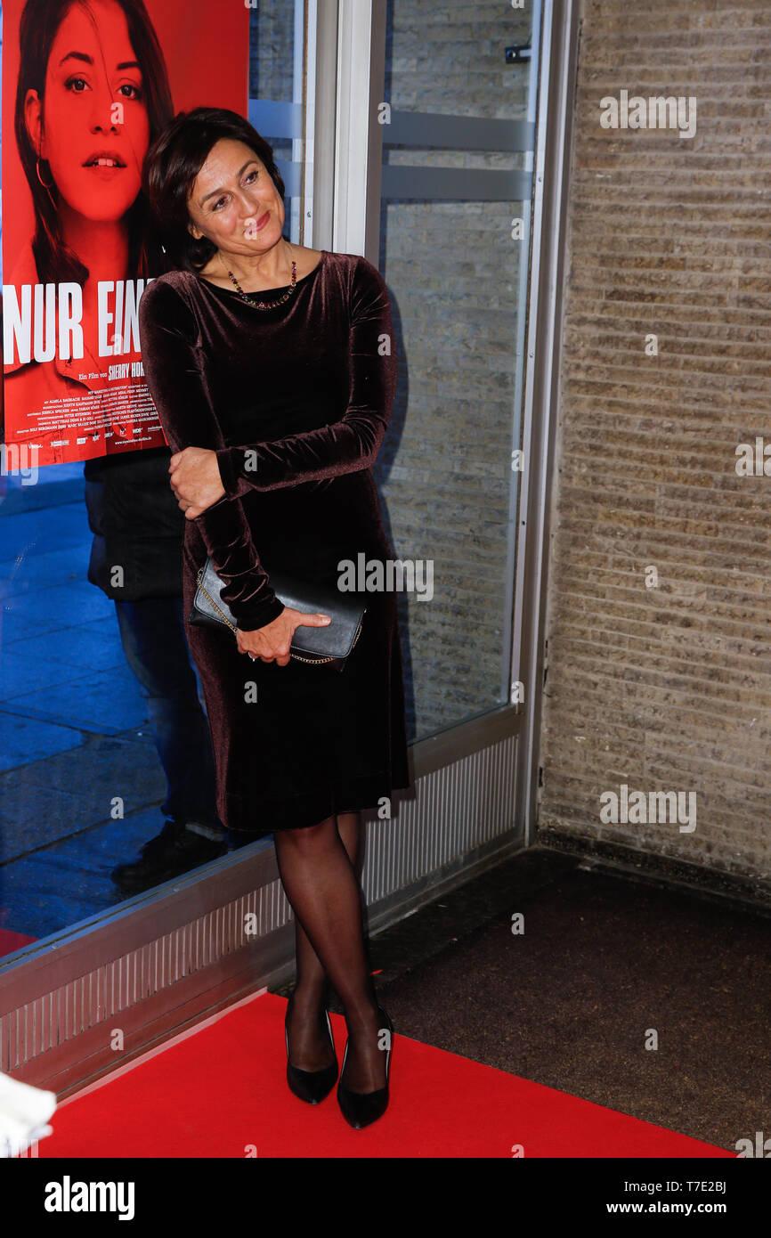 Berlino, Deutschland. 06 Maggio, 2019. Sandra Maischberger come ospite alla premiere di 'appena una donna' nel cinema internazionale. La versione teatrale del film è il 9.5.2019.   Utilizzo di credito in tutto il mondo: dpa/Alamy Live News Immagini Stock